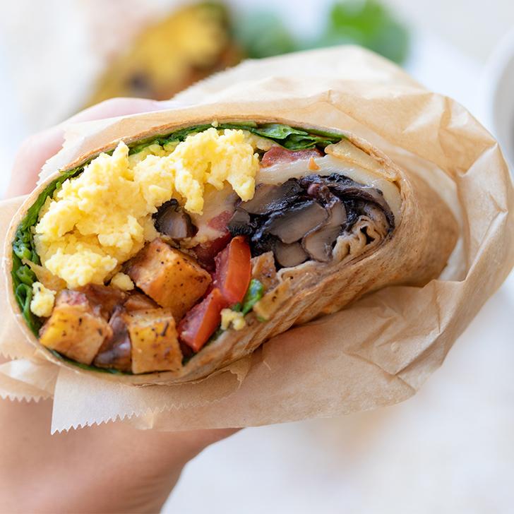 breakfast burrito with tomatom egg